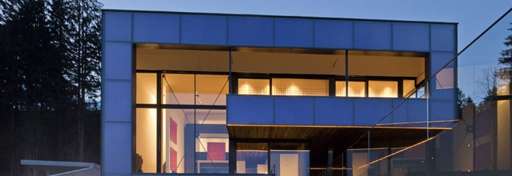 Fassadenkollektor von Siko Solar in Form einer Schnecke