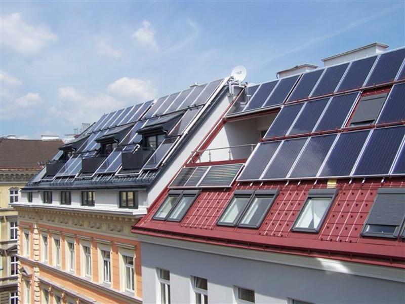 Hotel Wilhelmshof Wien Solarkollektoren am Dach