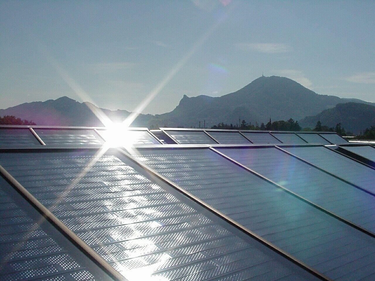 Solarkollektoren Wohnanlage Bolaring Graz