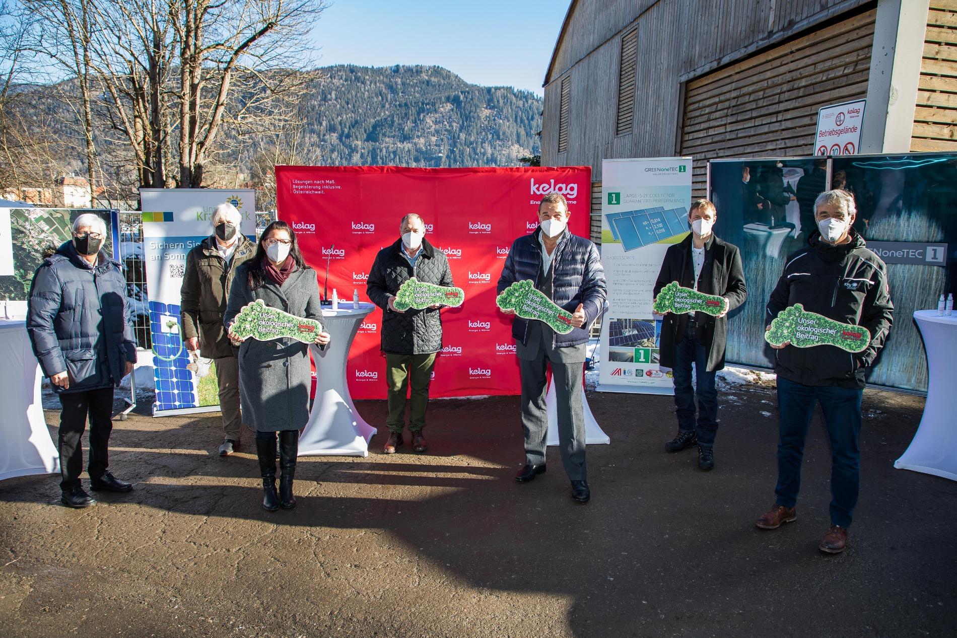 Gruppenfoto der Projektpartner beim Baubeginn der Solaren Großanlage in Friesach